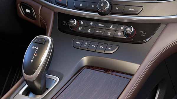 2017 Buick LaCrosse Price8