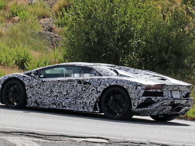 2017 Lamborghini Aventador Facelift 1