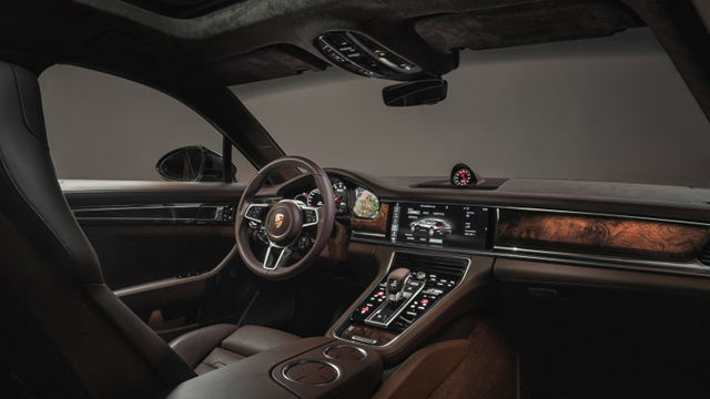 2017 Porsche Panamera Sport Turismo2