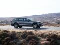 2017 Volvo V90 Cross Country1