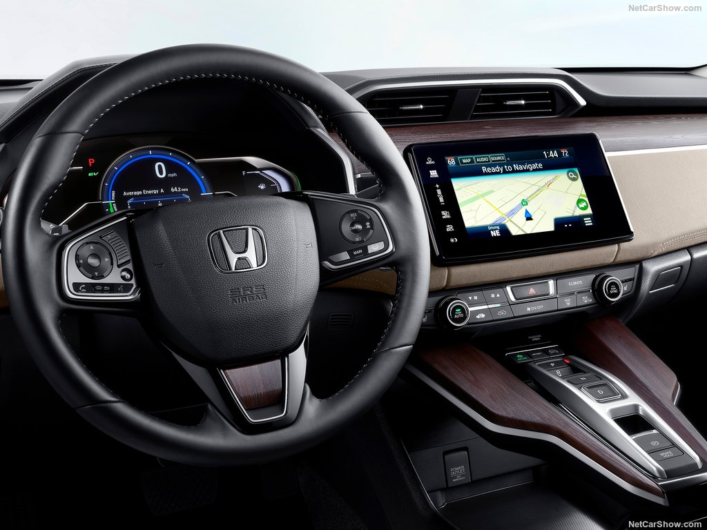 2018 Honda Clarity3