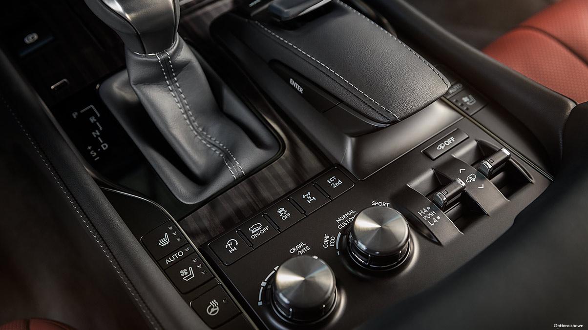 Superb 2018 Lexus LX 570c