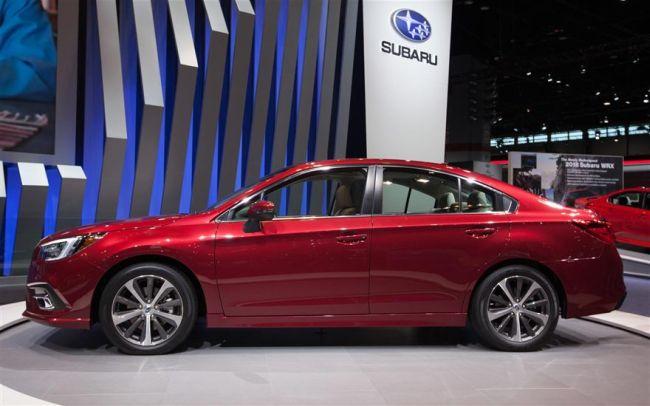 2018 Subaru Legacy7