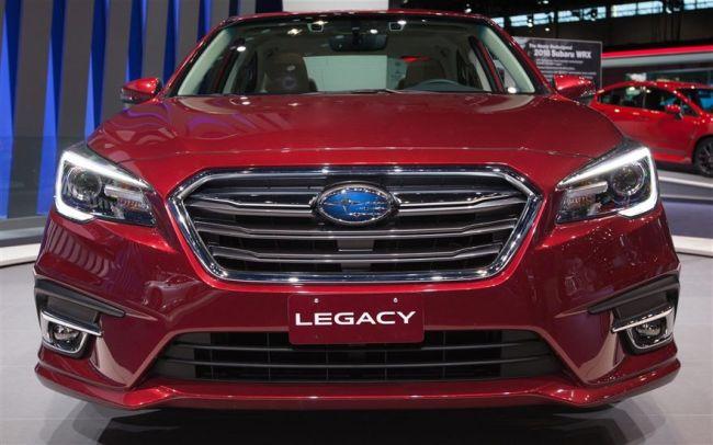 2018 Subaru Legacy8