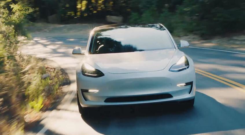 2018 Tesla Model 3b