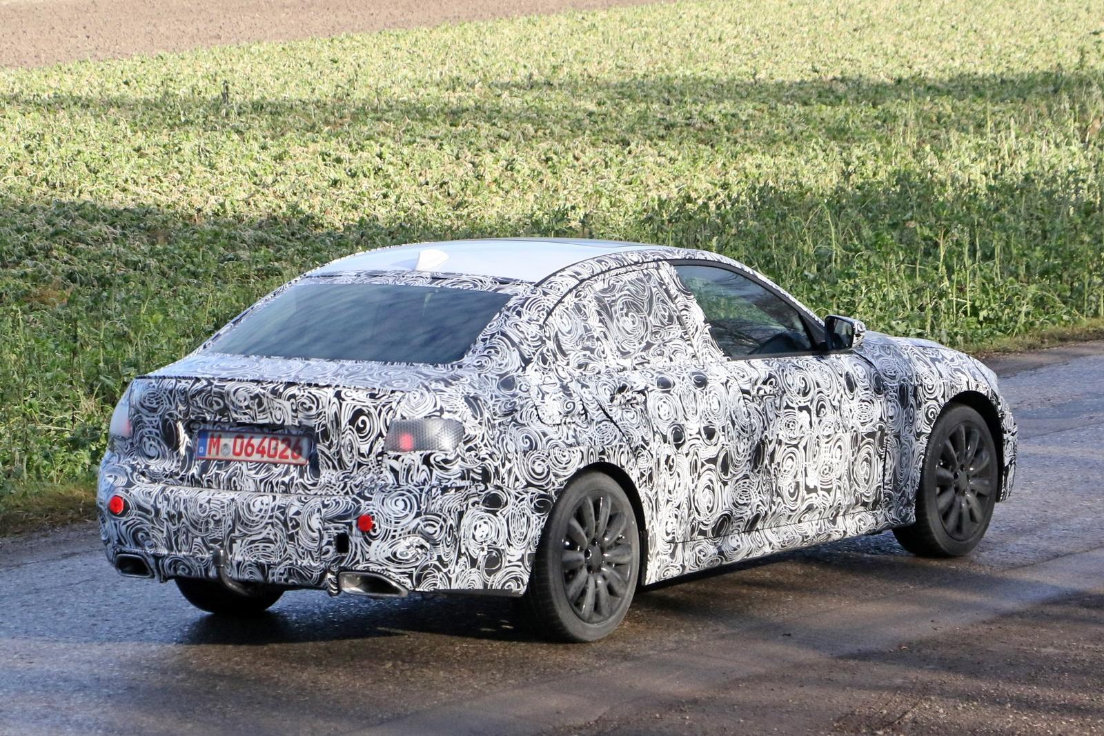 2019 BMW 3 Series 11