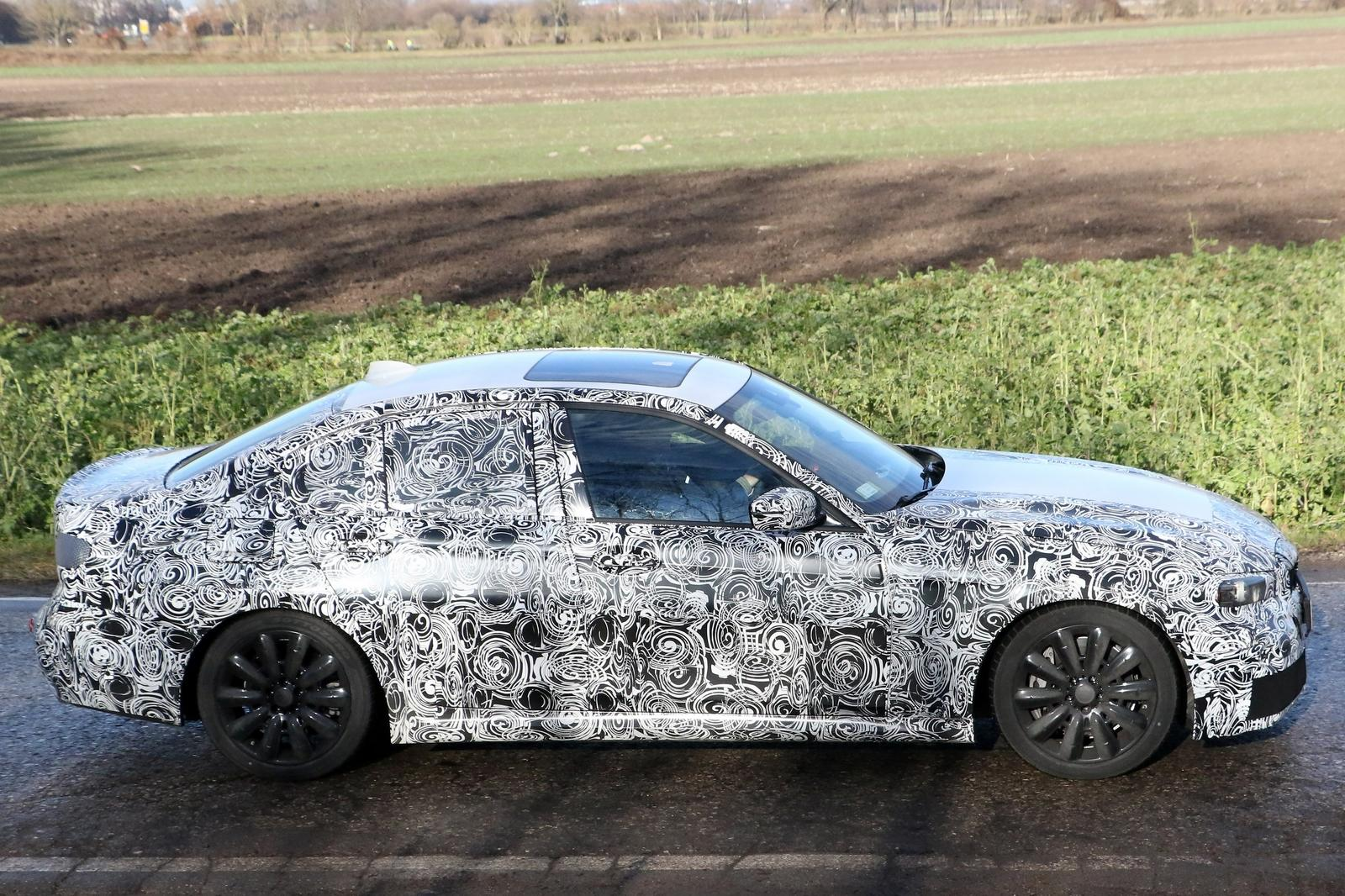 2019 BMW 3 Series 12