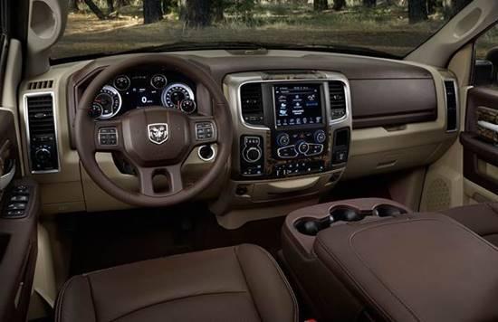 2017 RAM 2500 SLT Interior