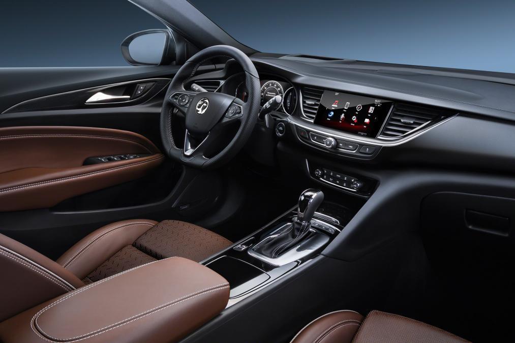 2017 Vauxhall Insignia interior