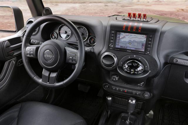 2018 Jeep Scrambler interior