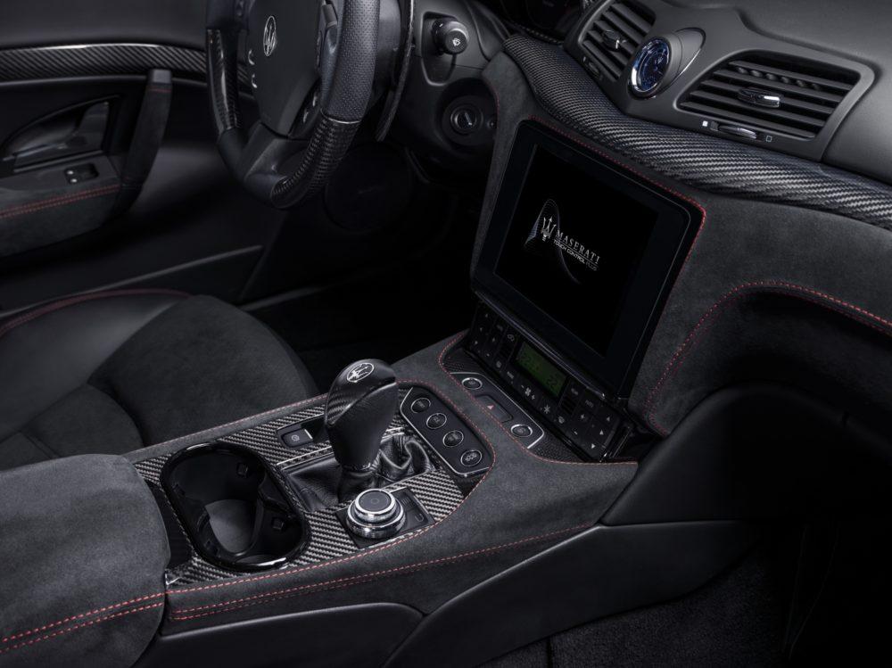 2018 Maserati GranCabrio interior