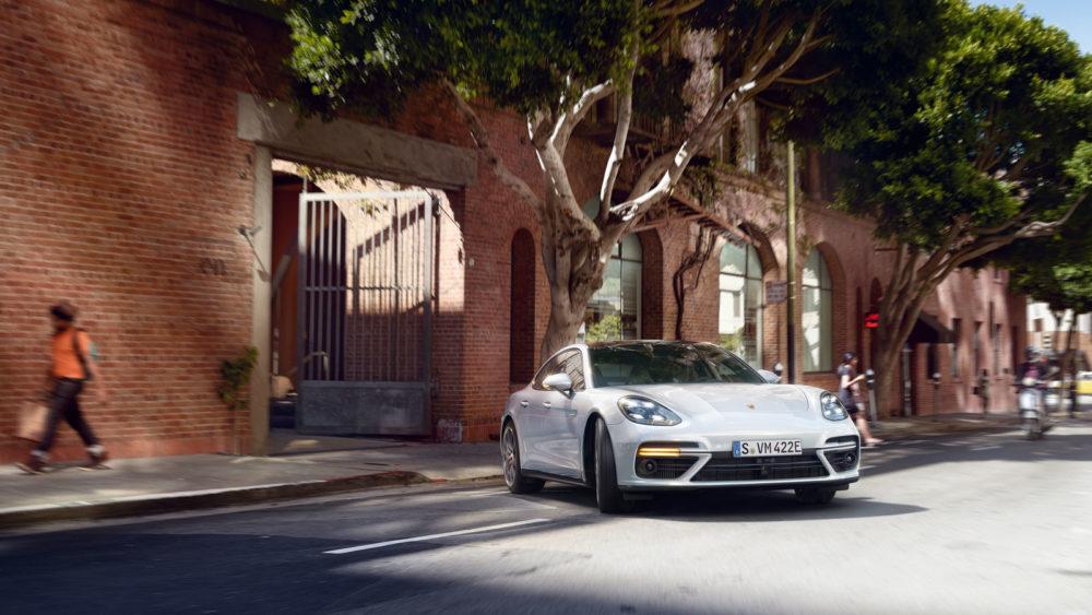 2018 Porsche Panamera Turbo S E-Hybrid design